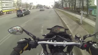 A kind motorcyclist helped his grandfather