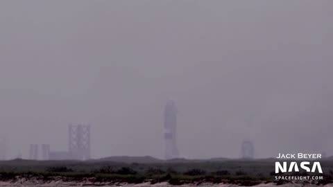Starship SN15 Launch and Landing 5/5/21 Clips