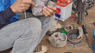 Rebuilding a starter motor in UdonThani Thailand