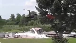 Helicopter Robinson 66 confined space landing